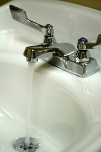faucet-bathroom-water